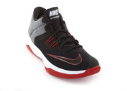 Кроссовки мужские Nike Air Versatile II Basketball Shoe