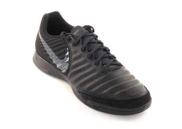 Бутсы мужские Nike Tiempo LegendX 7 Academy (IC)