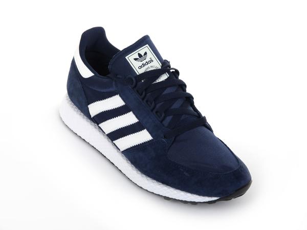 Кроссовки мужские Adidas Forest Grove