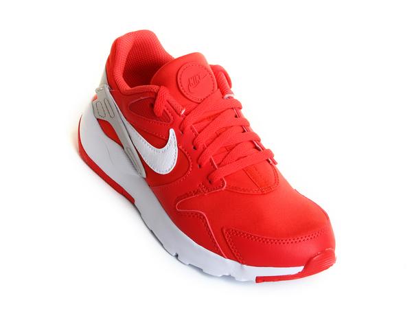 Кроссовки женские Nike LD Victory