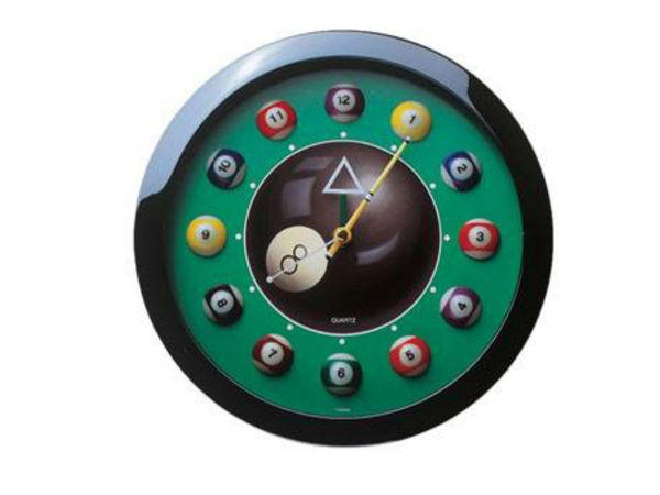 Часы настенные 12 шаров Восьмерка